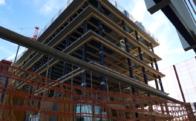 木造建築建設中画像